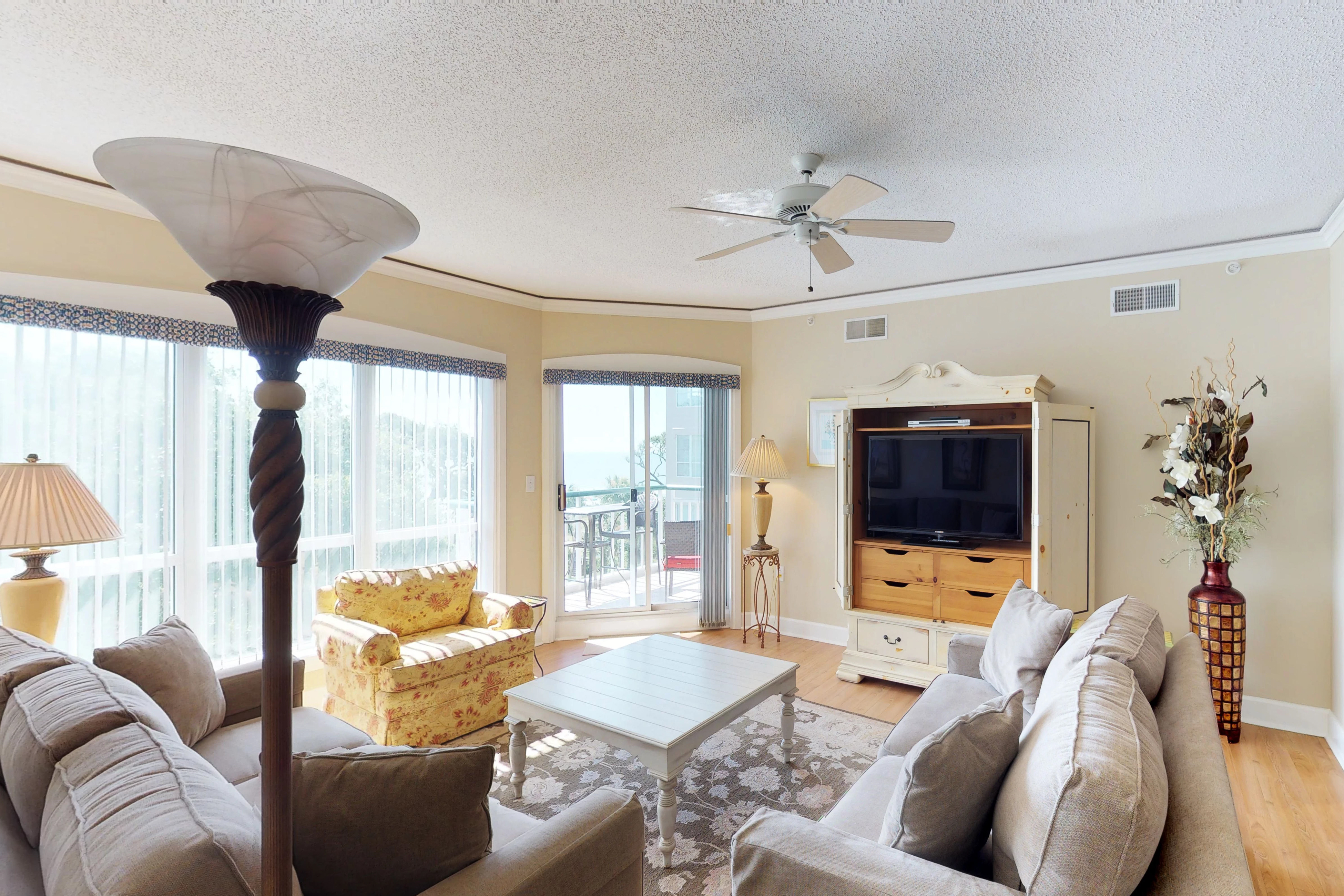 Windsor Court South 3405 | Photo 2