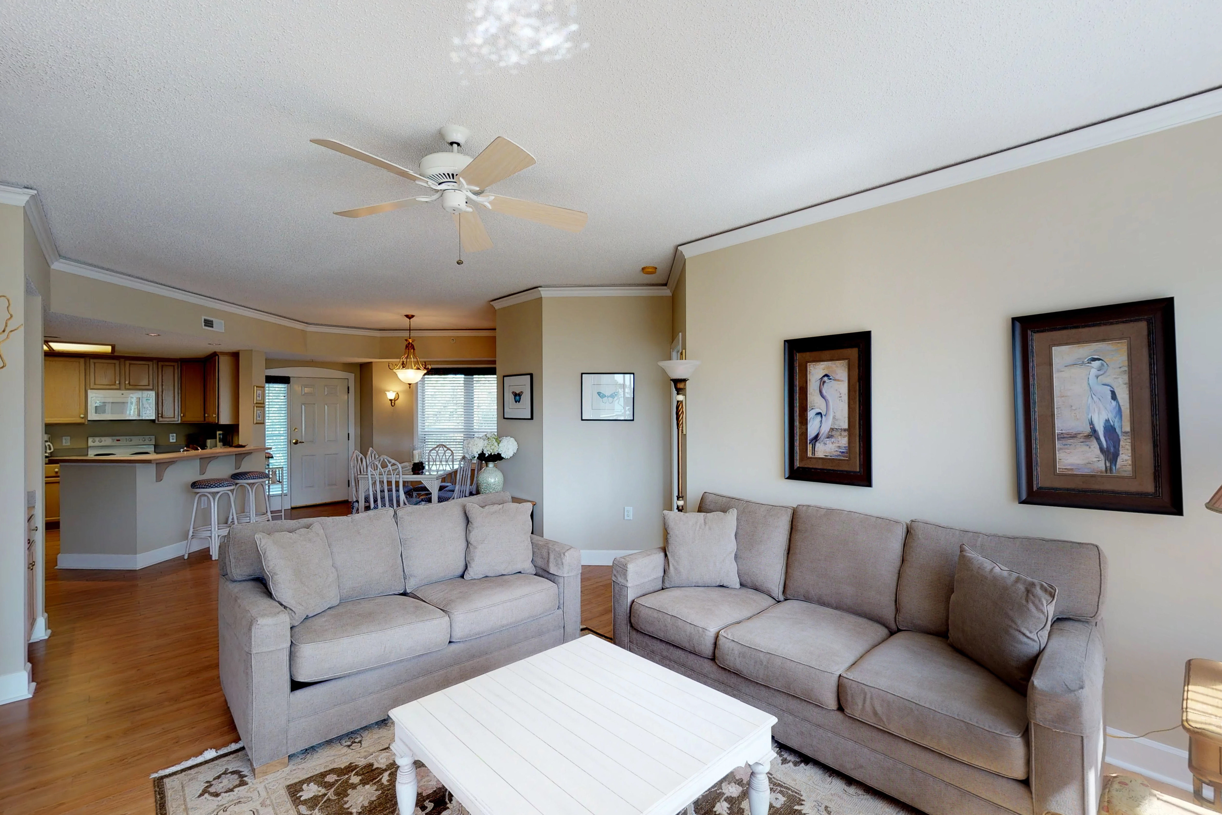 Windsor Court South 3405 | Photo 4