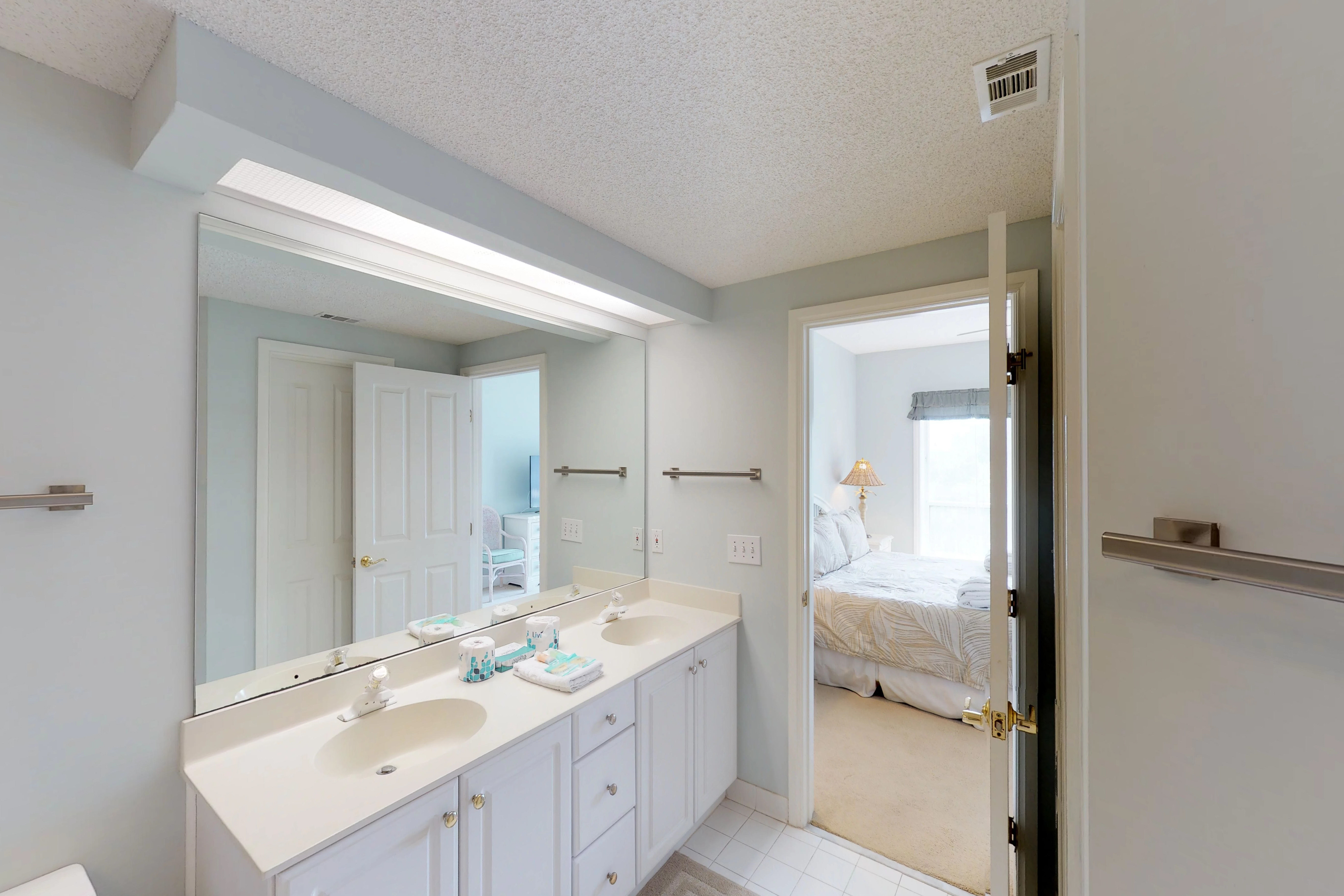 Windsor Court South 3405 | Photo 14