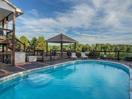 Tennessee Cabin Rentals, Vacation Rentals, House Rentals | Vacasa