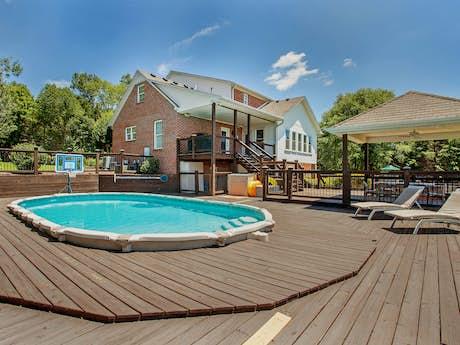 Cookeville Vacation Rentals, Cabin Rentals | Vacasa