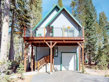 Soda Springs Cabin Rentals, Vacation Rentals | Vacasa
