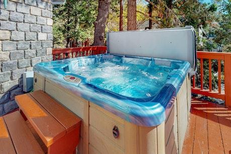 Lake Arrowhead Vacation Rentals Cabin Rentals Vacasa