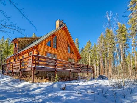 Allenspark Vacation Rentals, Cabin Rentals | Vacasa