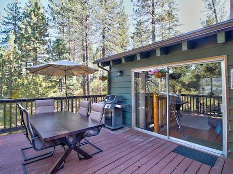 Big Bear Cabin Rentals | Vacasa