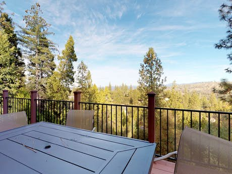 Groveland Vacation Rentals, Cabins, House Rentals | Vacasa