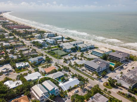 Holmes Beach Vacation Rentals, House Rentals, Beach Rentals