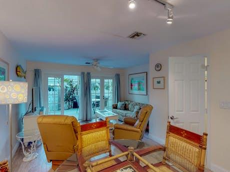 Remarkable Key West Vacation Rentals House Rentals Condos Vacasa Interior Design Ideas Gentotryabchikinfo