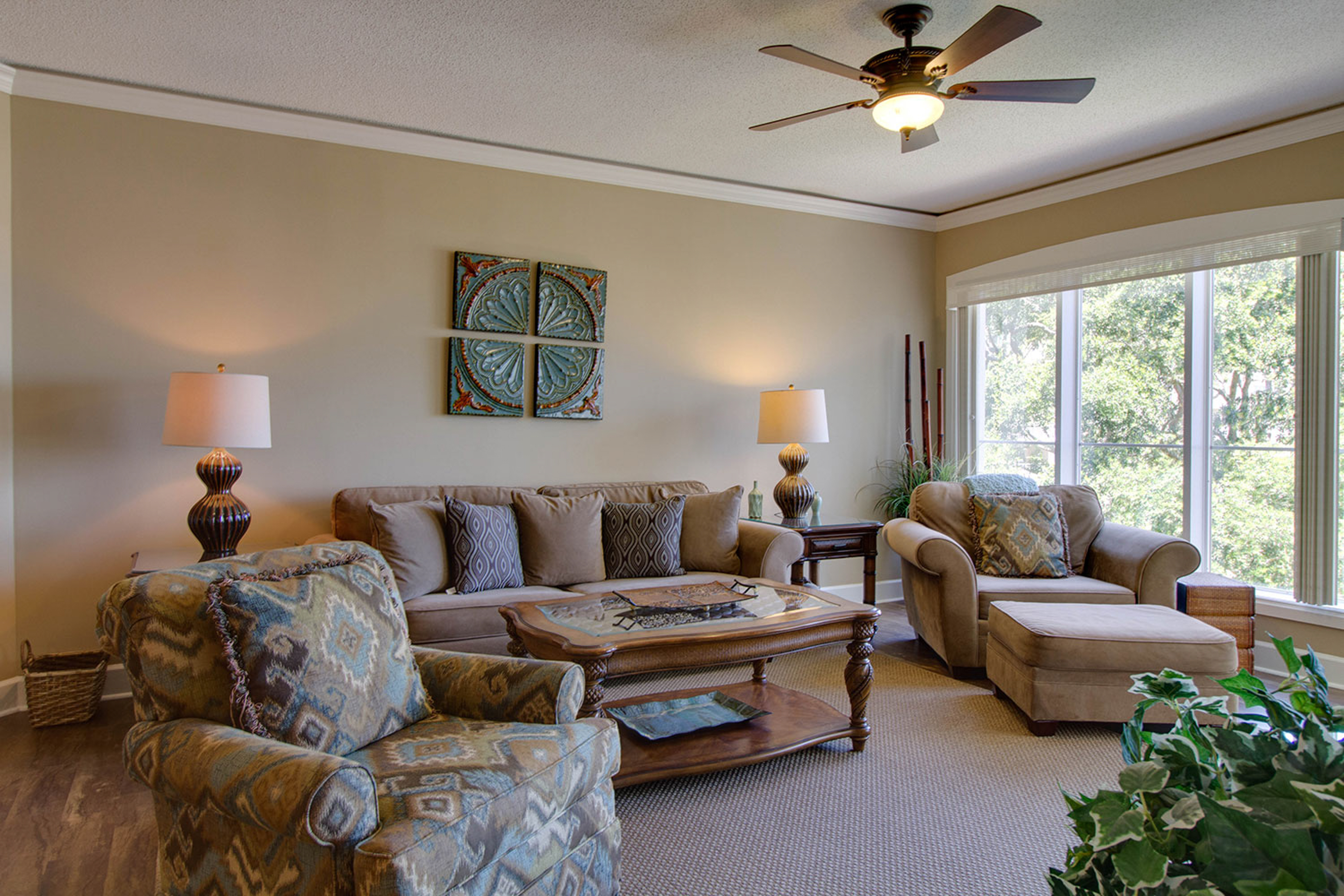 Windsor Place 305 | Photo 2