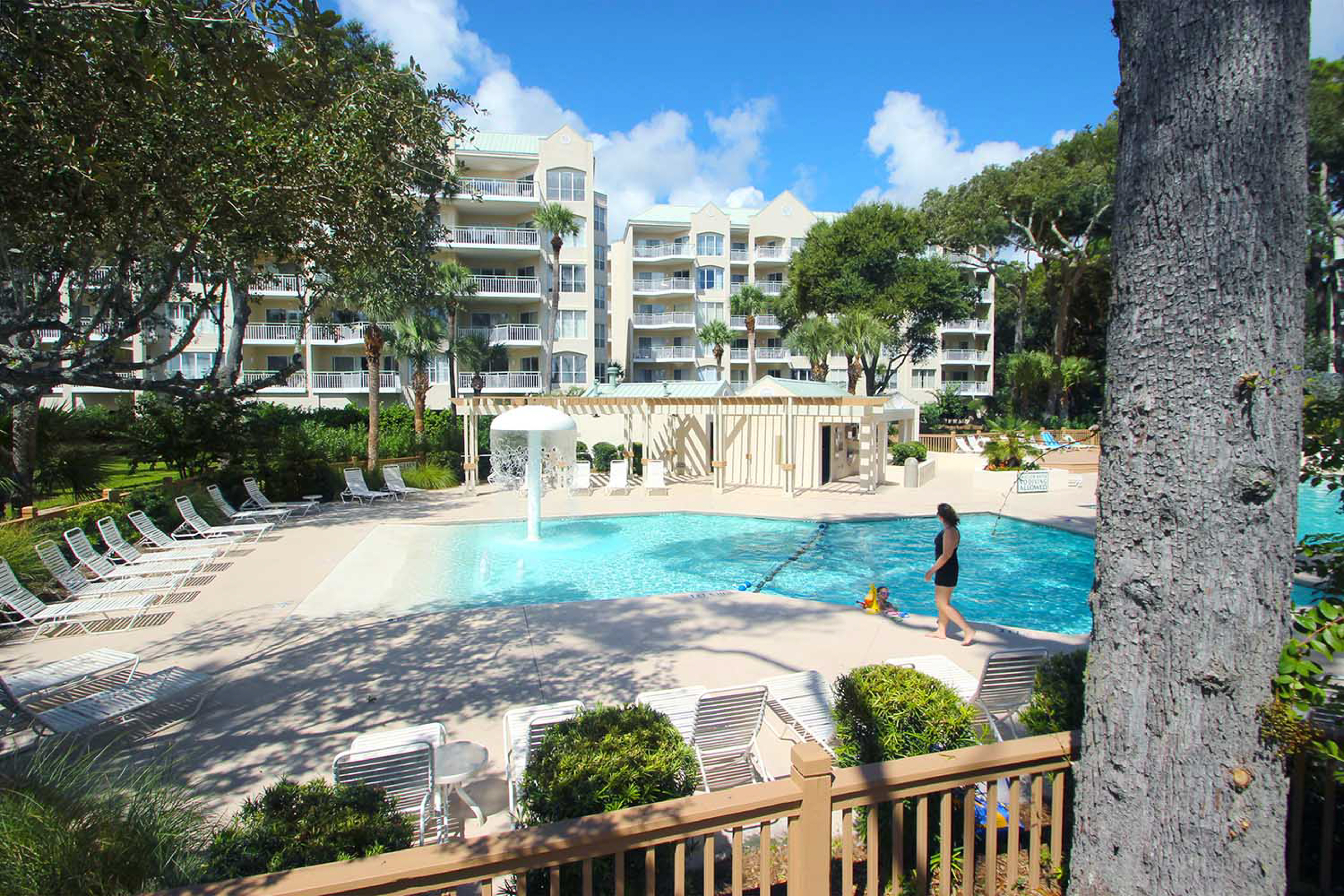 Windsor Place 310 Vacation Rental In Hilton Head Sc Hhi Vacasa