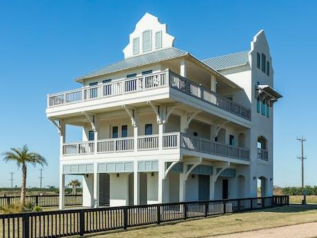 Awe Inspiring Port Bolivar Vacation Rentals Bolivar Peninsula Beach Download Free Architecture Designs Viewormadebymaigaardcom