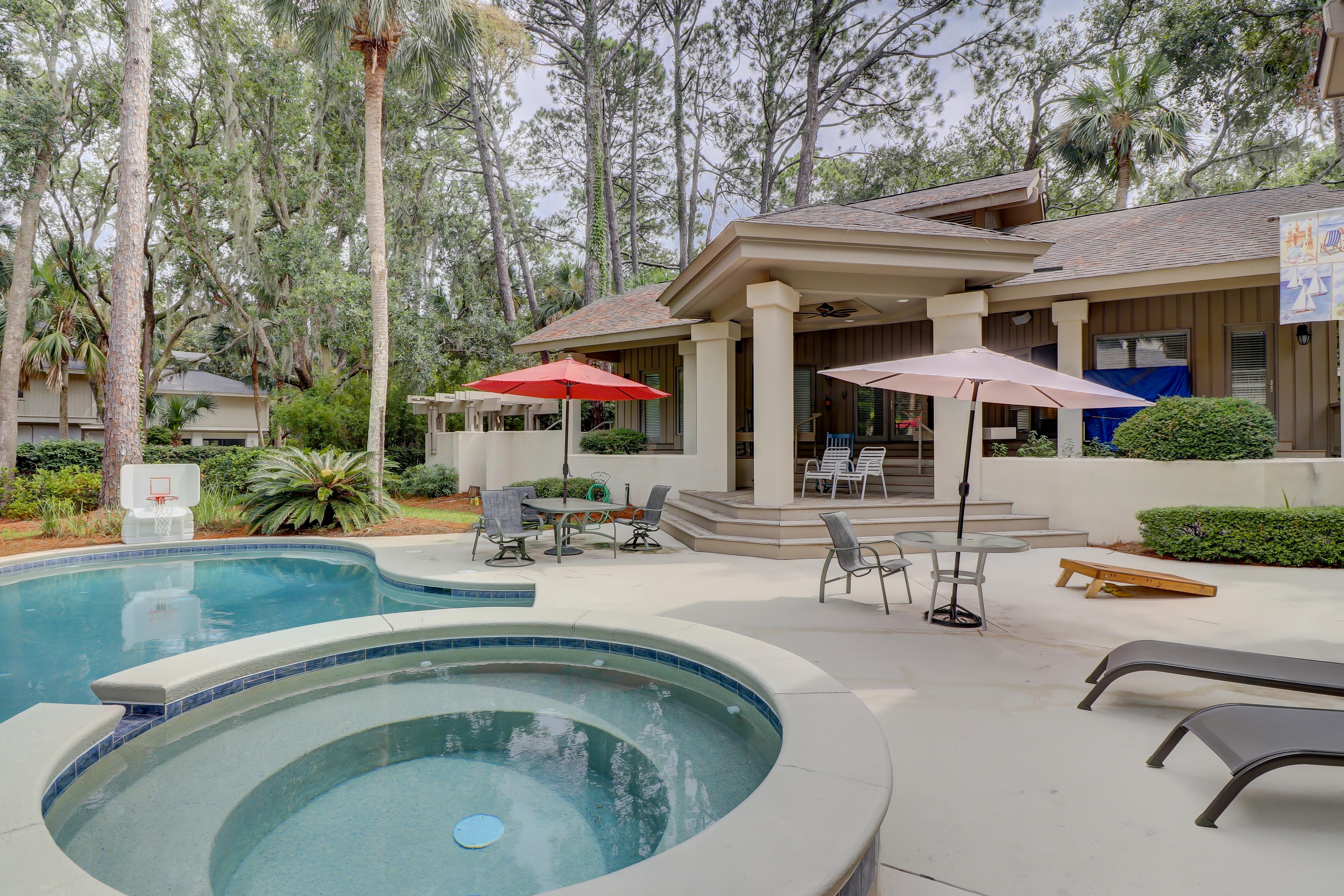 Royal Estate Plus Guest House | Photo 1