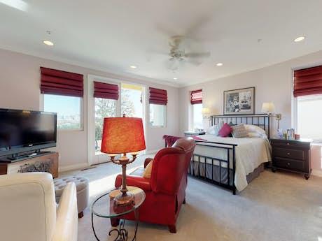 Orange County Vacation Rentals Beach House Rentals Vacasa