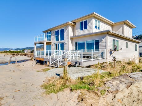 Oregon Coast Vacation Rentals, Beach Rentals | Vacasa