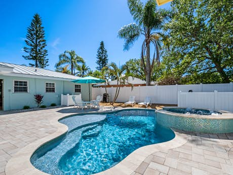 Bradenton Beach Rentals, Vacation Rentals | Vacasa