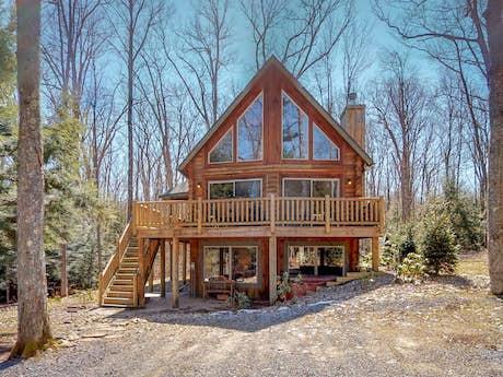 Pleasing Maryland Vacation Rentals Condo Rentals Vacasa Home Interior And Landscaping Ponolsignezvosmurscom