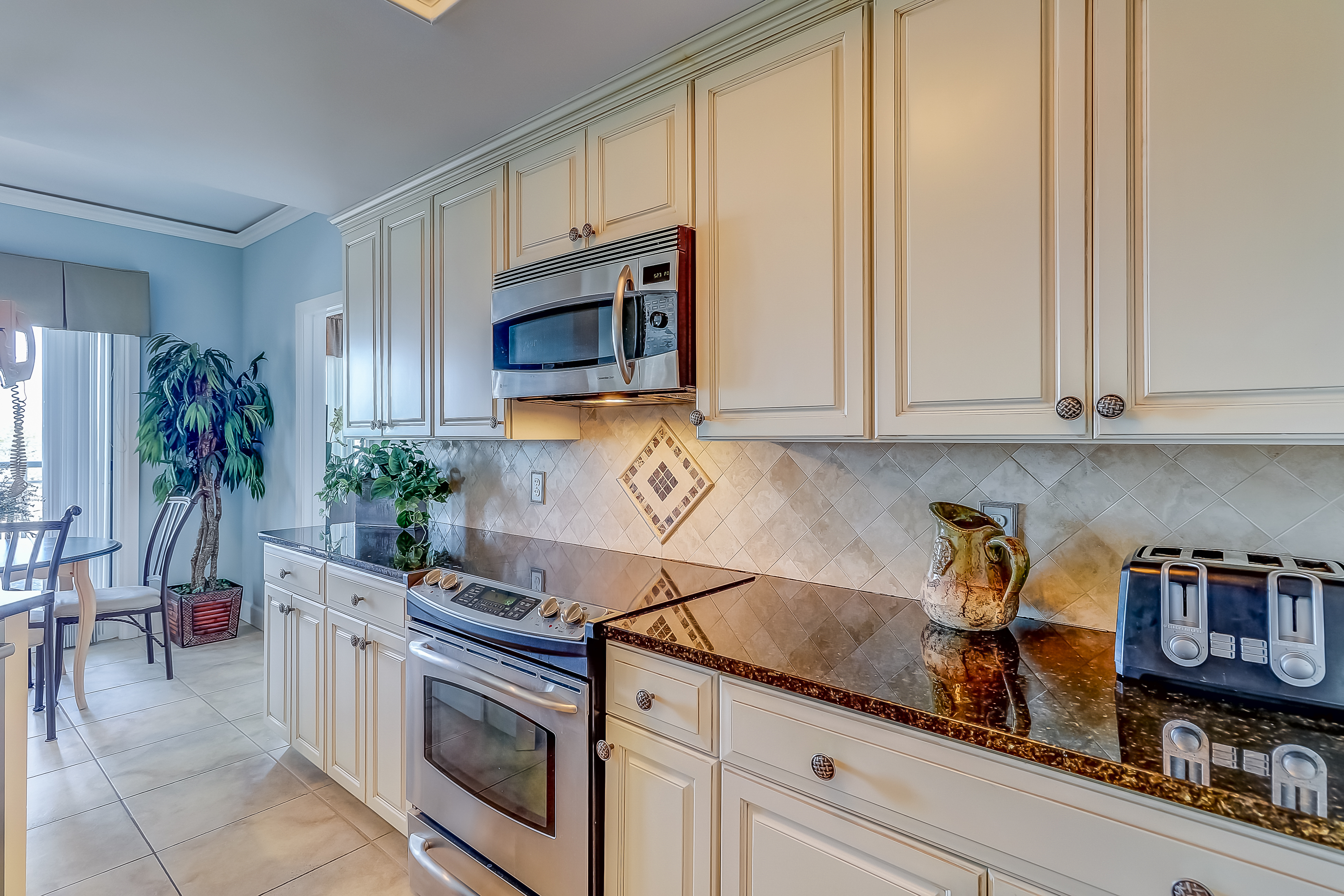 Windsor Court South 3508 | Photo 13