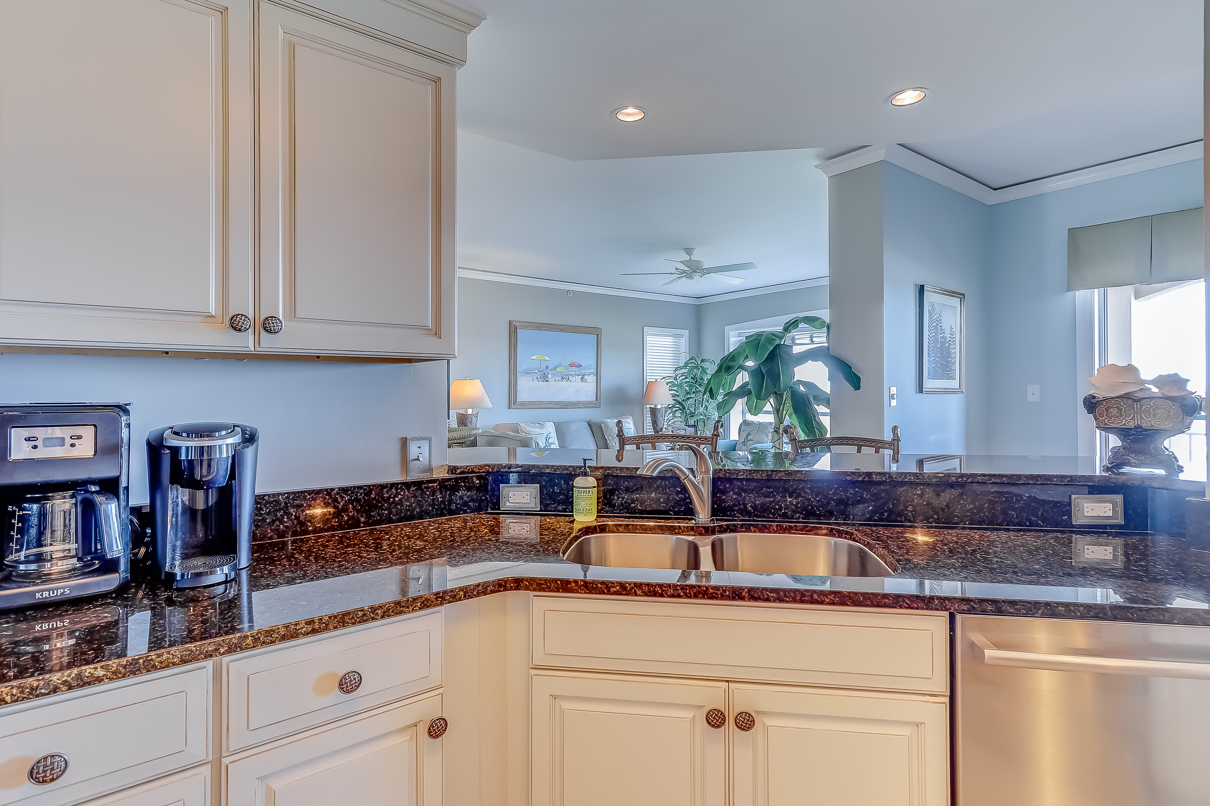 Windsor Court South 3508 | Photo 14