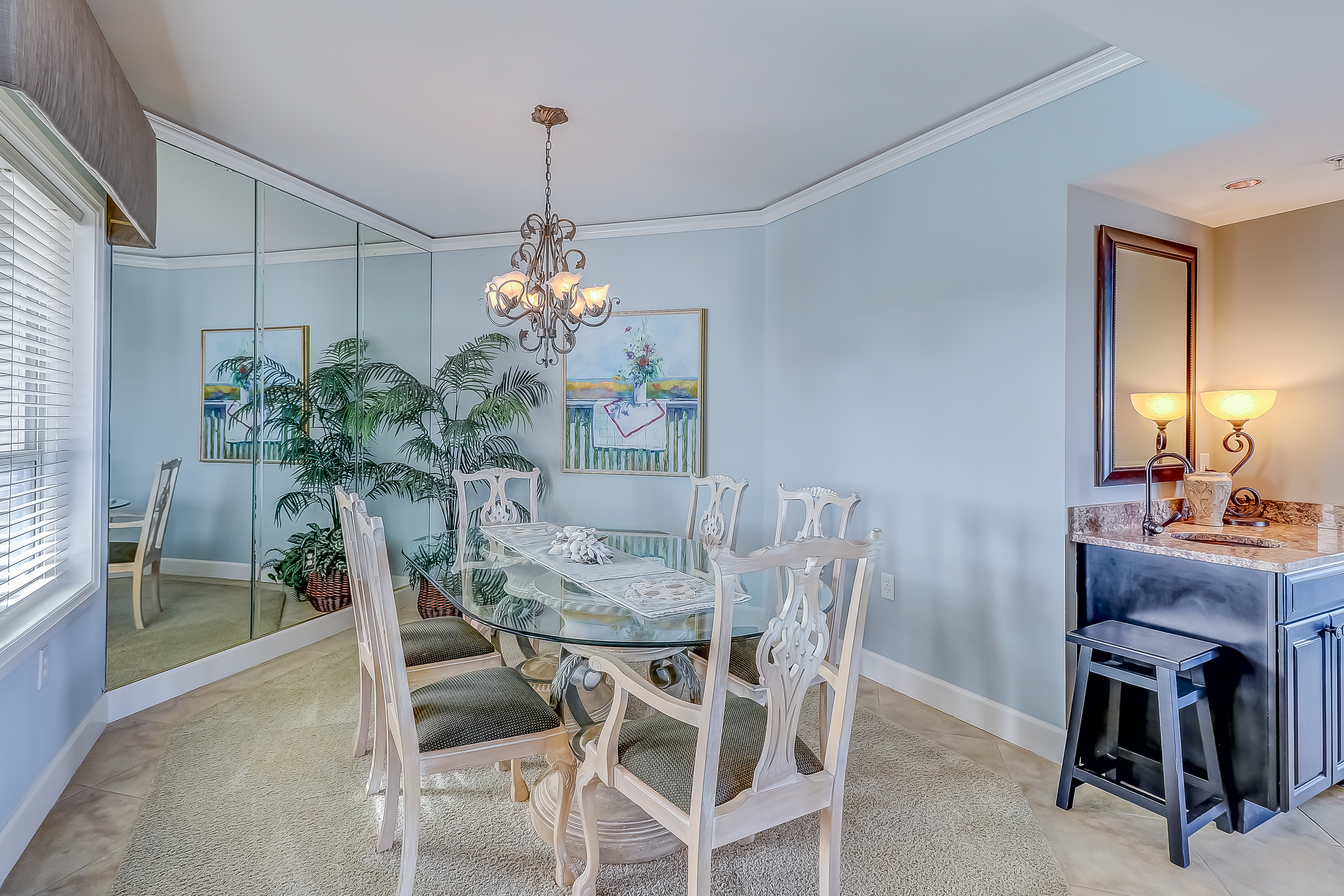 Windsor Court South 3508 | Photo 8