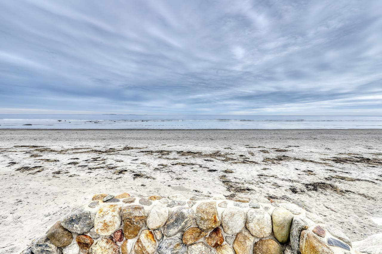 Surfside Sanctuary - Rye Beach, NH