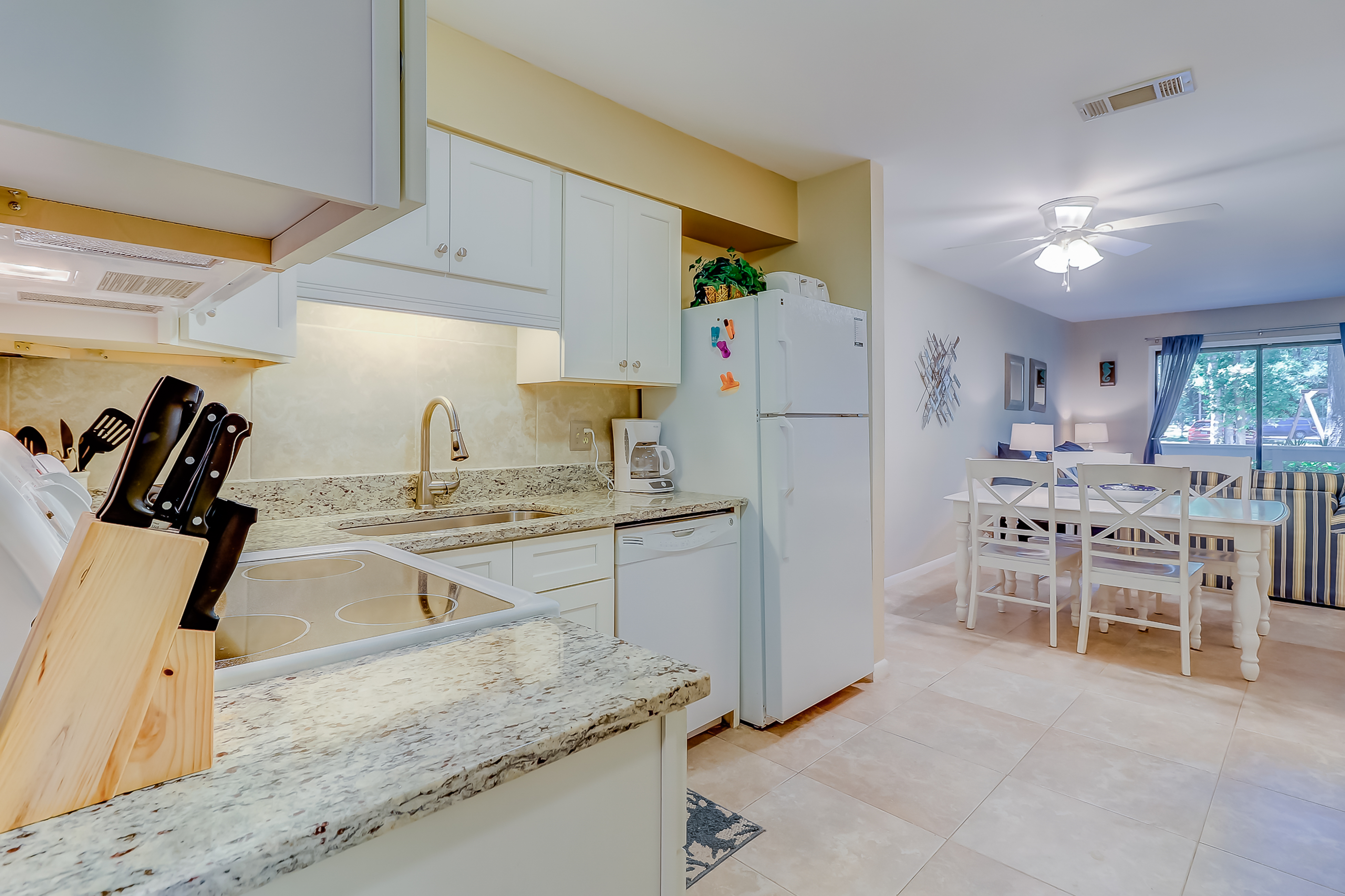 Fiddlers Cove 17C | Photo 10