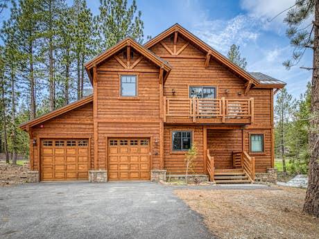 Mammoth Lakes Vacation Rentals, Cabin Rentals | Vacasa