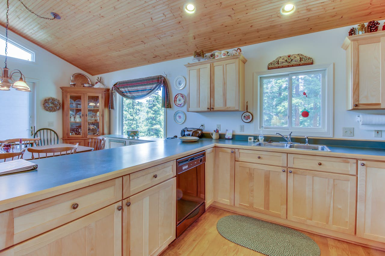 The Daniels Mountain View Log Cabin | 4 BD Vacation Rental in ...