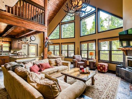 Shaver Lake Cabins Lake House Rentals Professionally Cleaned Vacasa