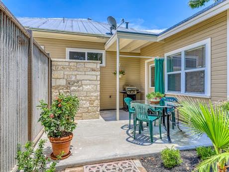 Texas Hill Country Cabins, Vacation Rentals   Vacasa