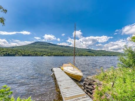 Lake Elmore Vt >> Lake Elmore Vacation Rentals Cabin Rentals Vacasa