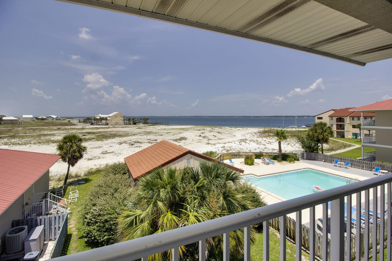 Navarre Beach Sunset Condo  3 BD Vacation Rental in