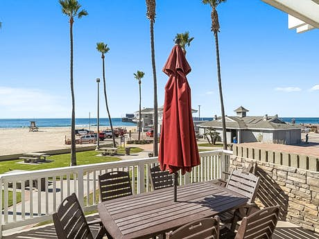 Newport Beach Vacation Als Beachfront Vacasa