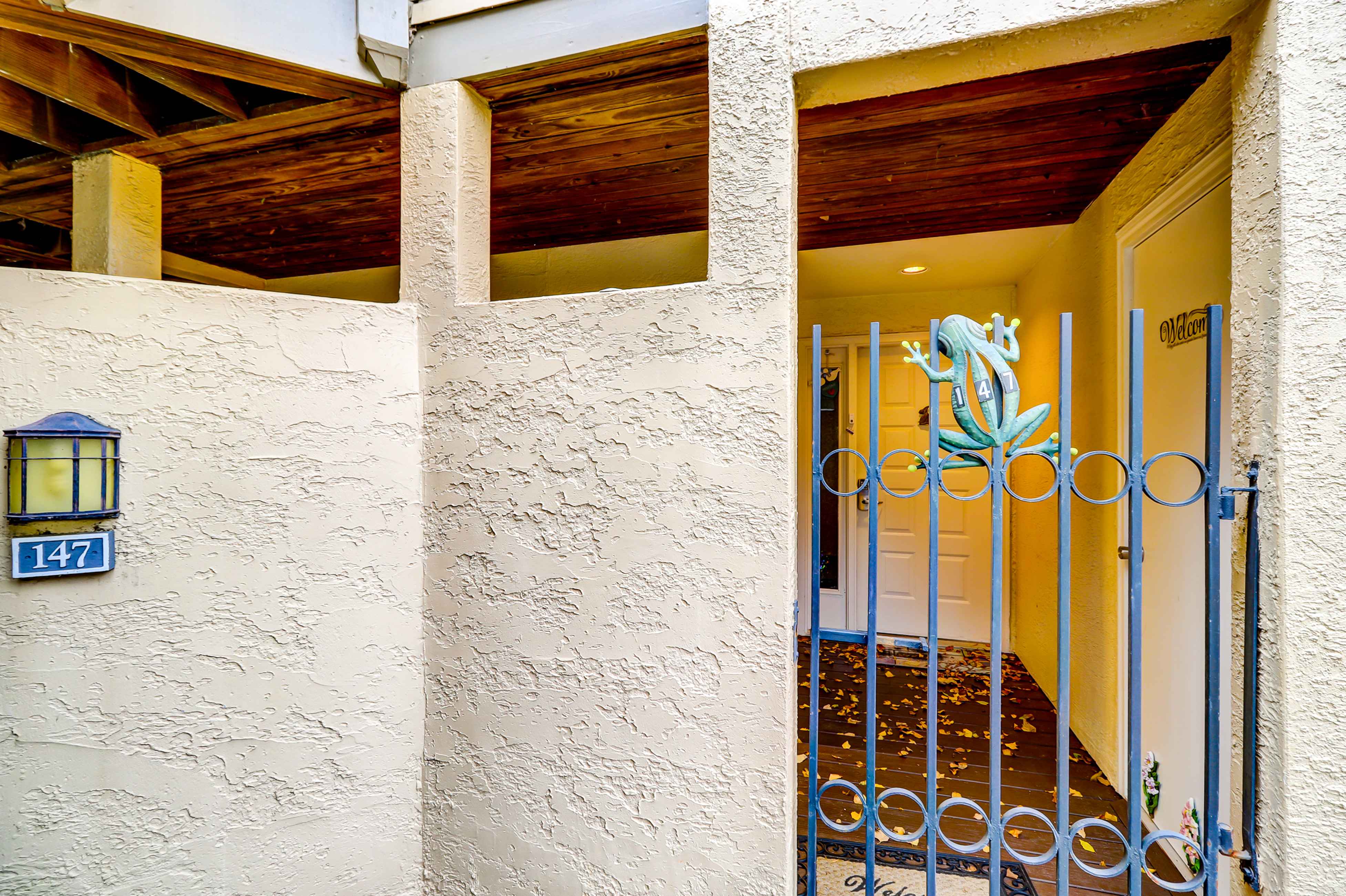 Colonnade Club 147 | Photo 27