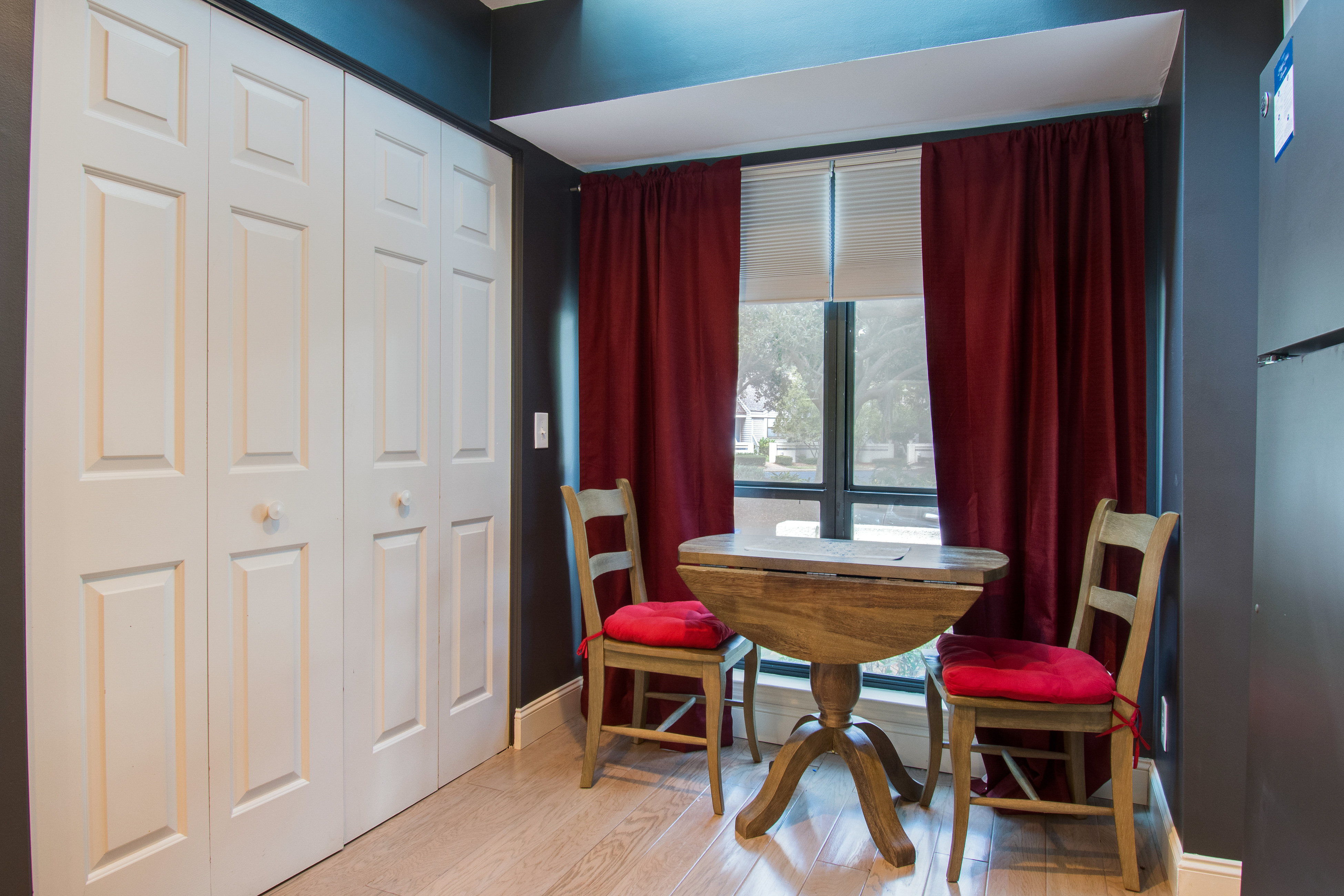 Lake Forest 3325 | Photo 16