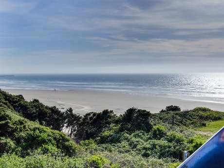 Remarkable Newport Oregon Vacation Rentals House Rentals Beach Home Interior And Landscaping Spoatsignezvosmurscom