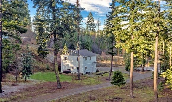 6 Acre Wilderness Retreat