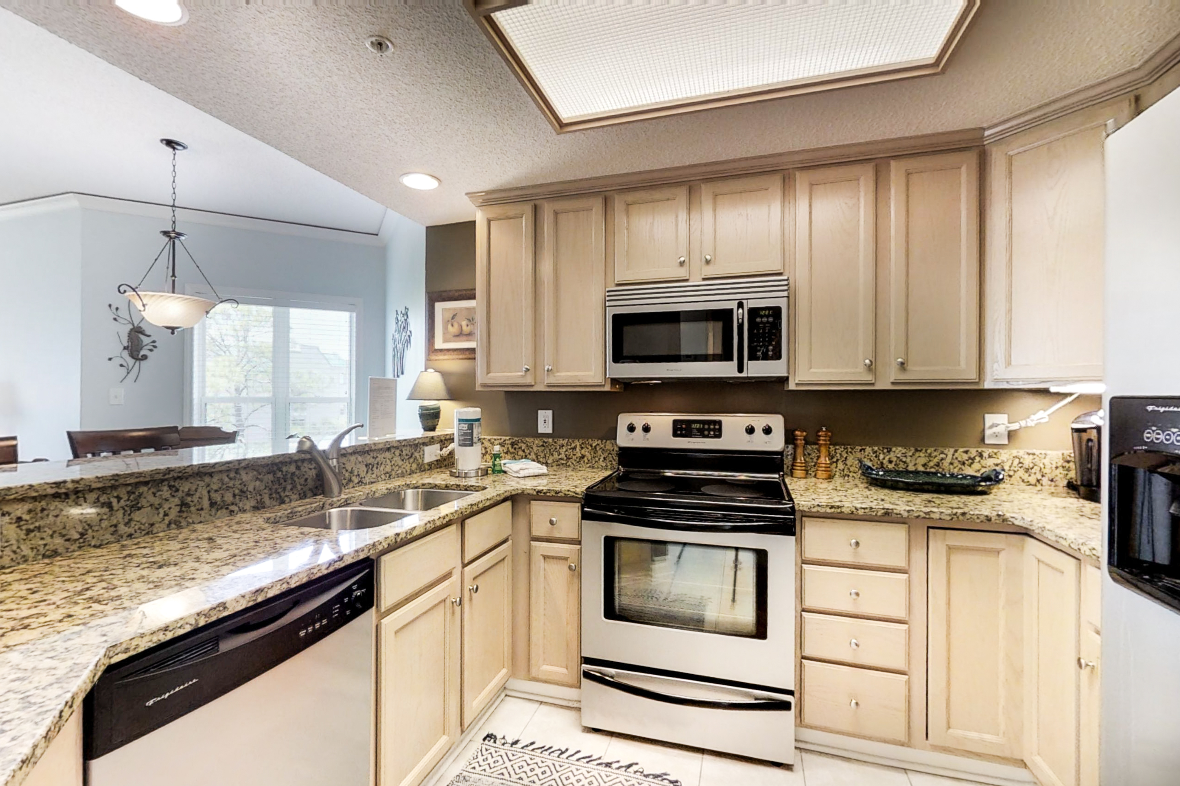 Hampton Place 5501 | Photo 5