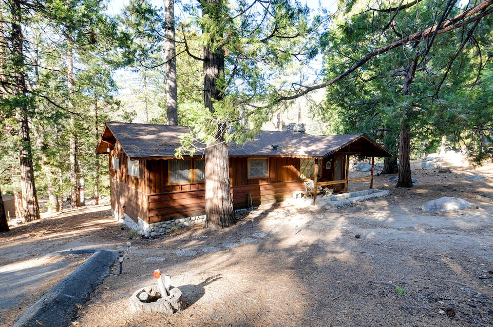 pin rental in absolutely cabin idyllwild precious cabins sleeps vacation