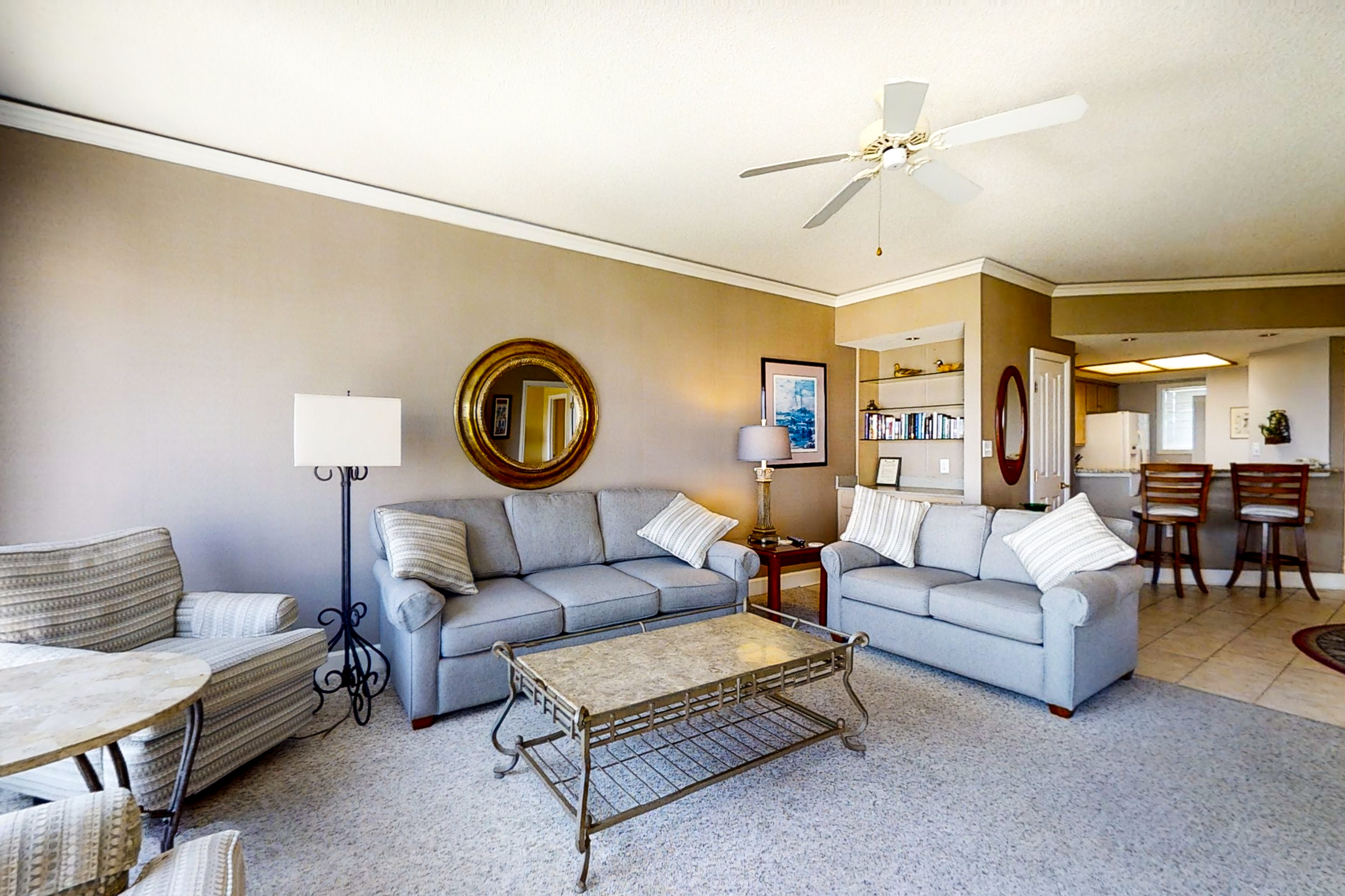 Windsor Court North 4504 | Photo 1