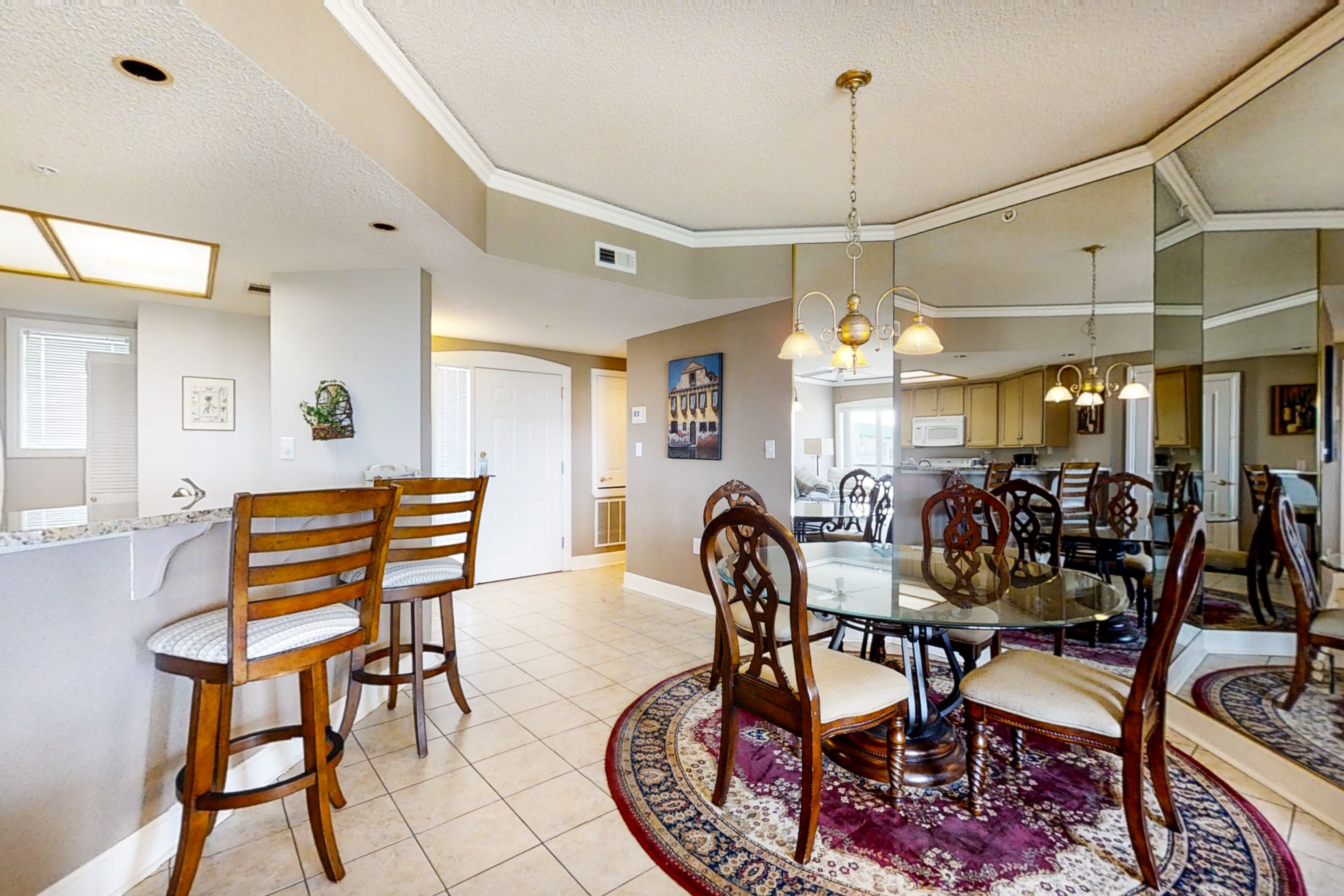 Windsor Court North 4504 | Photo 2