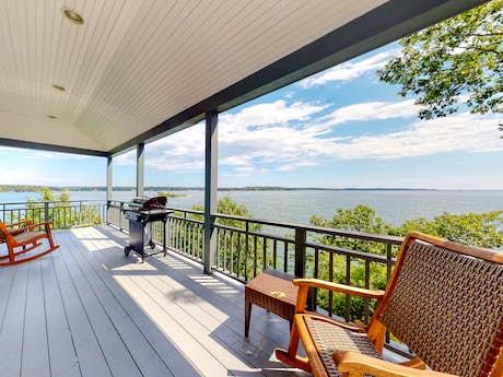 Midcoast Maine Vacation Rentals, Cottage Rentals, Oceanfront Rentals |  Vacasa