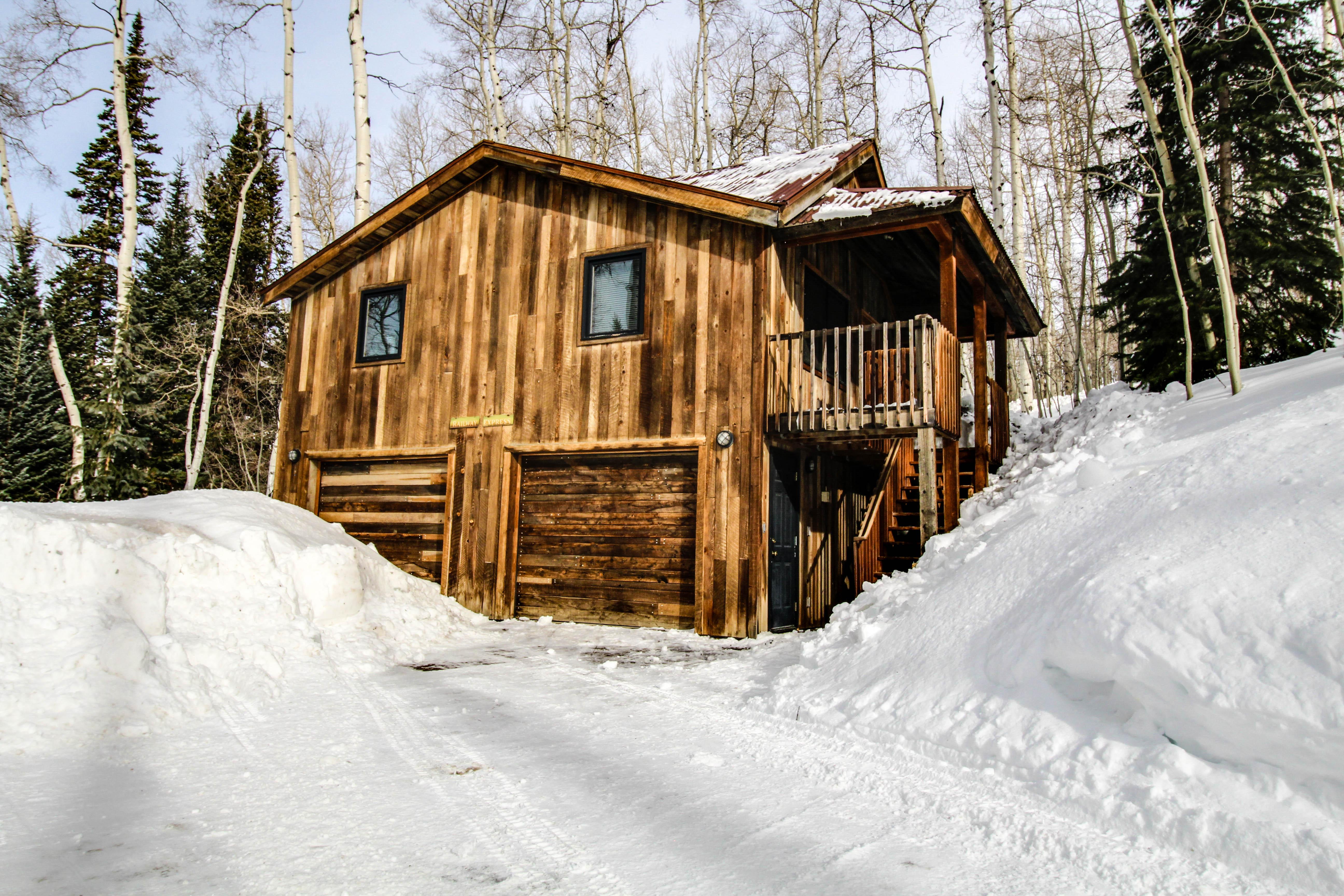 Wapiti Mountain Escape Guest Cabin | 2 BD Vacation Rental In Telluride, CO  | Vacasa