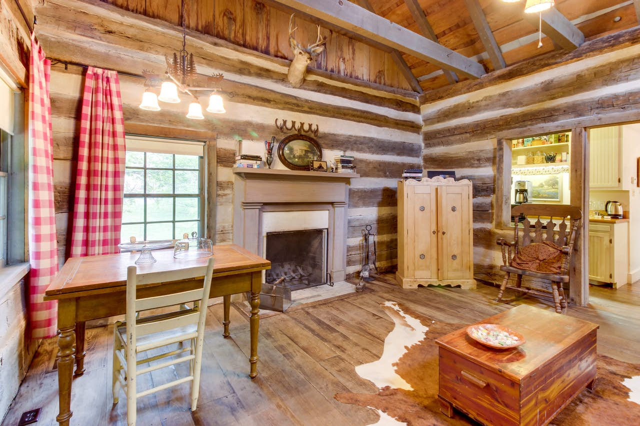Town Creek Log Cabin 1 Bd Vacation Rental In