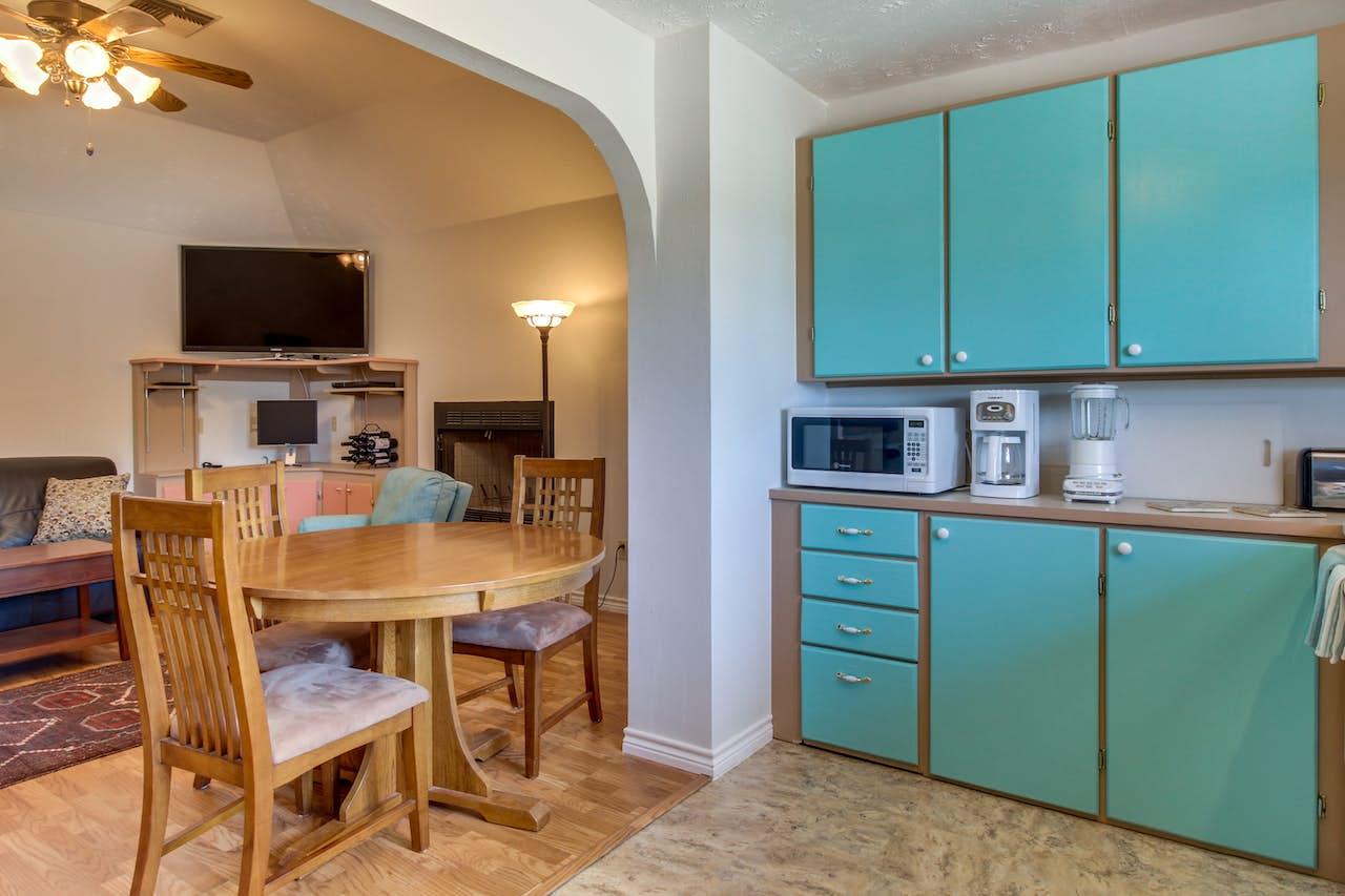 Wayback Cottage   3 BD Vacation Rental in Dripping Springs, TX   Vacasa