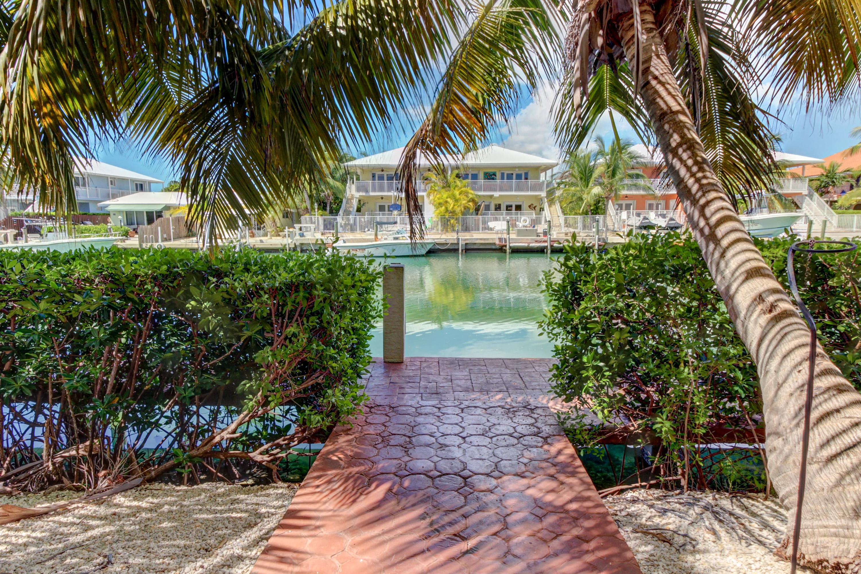 Tropical Charm   3 BD Vacation Rental in Key Colony Beach, FL   Vacasa