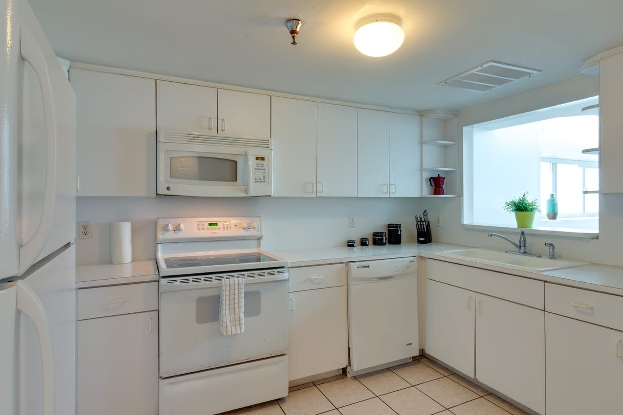 Castle Beach: Pavillon 1 Condo | 2 BD Vacation Rental in Miami Beach ...