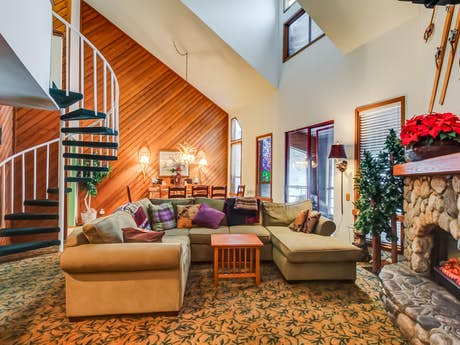 Mammoth Lakes Vacation Rentals Cabin Rentals Condos Vacasa