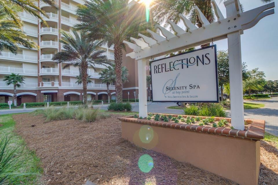 Reflections at bay point 411 2 bd vacation rental in for Bay motors panama city florida