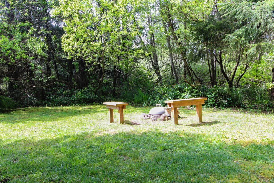 Woodland Dog Friendly Cottage Rental