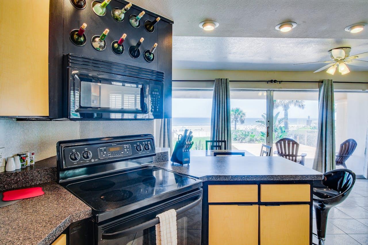 Dolphin Bay #1 | 1 BD Vacation Rental in Daytona Beach, FL | Vacasa
